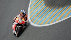 Pedrosa triunfa en Le Mans y es lder del Mundial